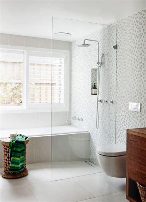one way bathroom window 25 best ideas about window in shower on pinterest