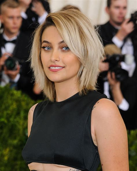 paris jackson komo news age paris jackson age 19 at 2017 met gala in new york 1st
