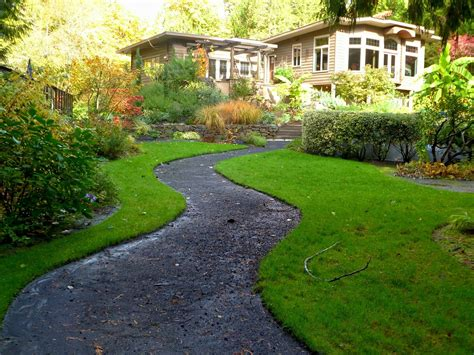nature s way landscaping how landscaping can improve your home s value