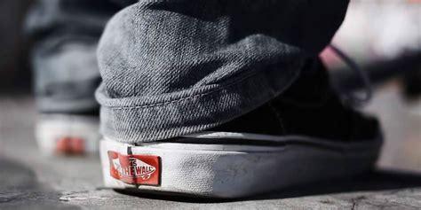 Sepatu Casual Sneaker Formal Vans Chuka Bmx All Black Code Dt Bnib 5 fakta tentang sepatu vans