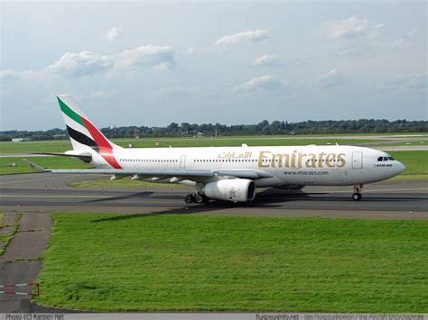 emirates a330 a330 200 a first for hong kong another for turkish