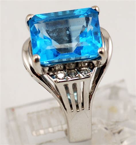 Yellow Topaz 5 89 Cts blue topaz jewelry at thebrazilianconnection