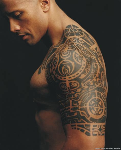 dwayne johnson tattoo dwayne johnson mumofthreedevils s