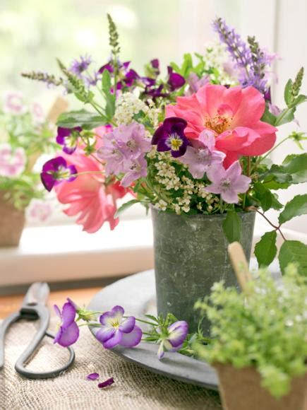 20 beautiful flower arrangements midwest living