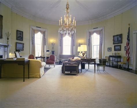 oval room white house rooms state dining room cross east room second floor stair landing yellow