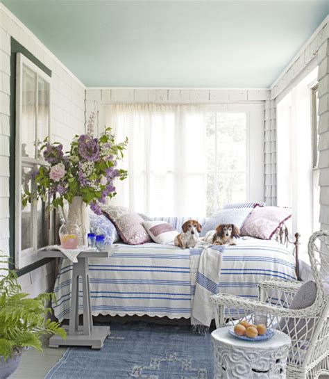 Cottage Porch by Cottage Porch Rooms To Distinctive Cottage
