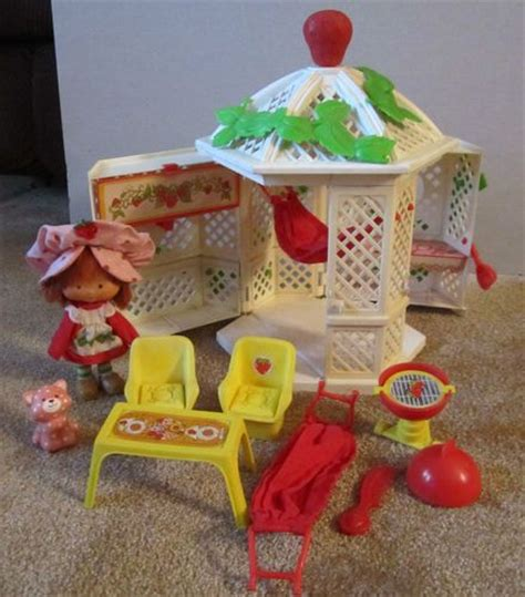 vintage strawberry shortcake house 17 best ideas about vintage strawberry shortcake on pinterest her her 80s stuff and