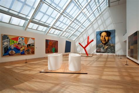 Painting Section by New York Metropolitan Museum Of Attraction For Visitors