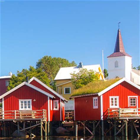vaarbewijs noorwegen motorboot noorwegen bergen senja varen zeilboot
