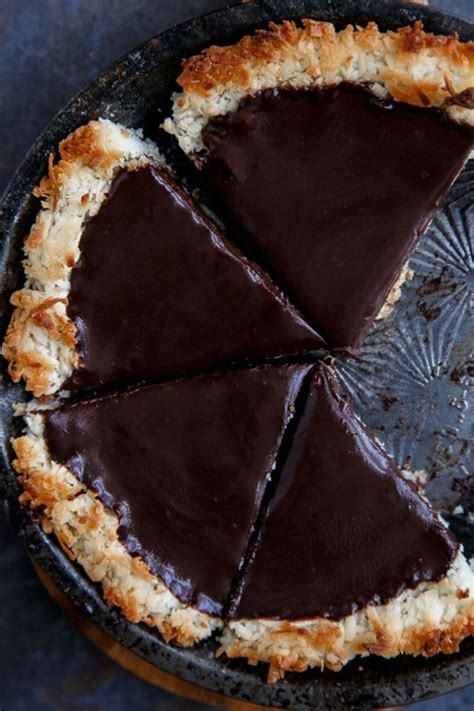 The Easiest Chocolate Pie Ever | Crusts, Pie recipes and ... Impossible Chocolate Coconut Pie Recipe