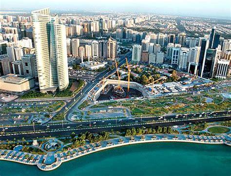hotels in abu dhabi corniche area menikmati hidup bersama abu dhabi corniche road panduan