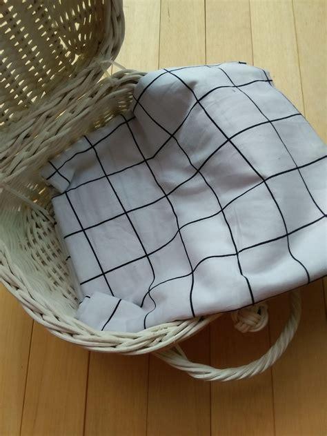 Pasmina Monochrome Katun Jepang 1 pashmina monochrome kotak kotak besar bahan katun jepang warna putih scarf