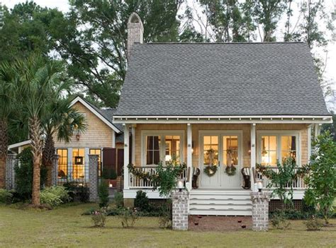 southern country homes southern cottage style home cozy cottages pinterest