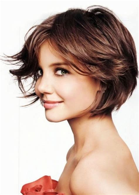 short layered hair styles with soft waves 20 hairstyles for layered hair herinterest com