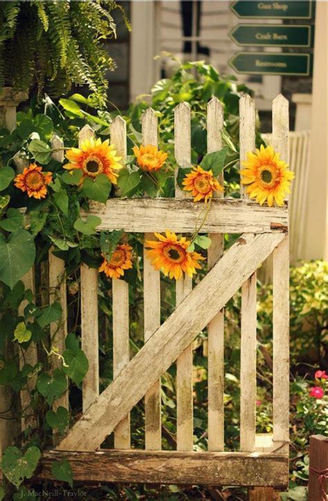 Garden Gate Flowers by Image 826814 By Arakan On Favim