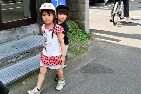 why in japanese japanese for children why are japanese kids so independent japan info