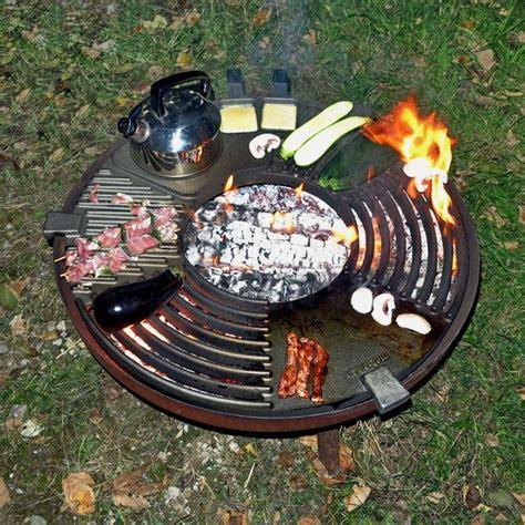 grillen über feuerschale feuerk 252 che feuerschale garten feuerstellen