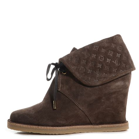 louis vuitton suede fauvist low boots 36 brown 80033