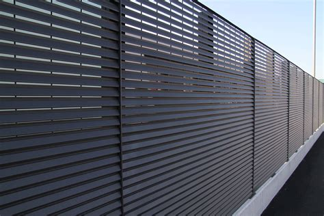 Fassadenverkleidung Aus Polen by Lamellen Sichtschutz Zaun Xg19 Hitoiro