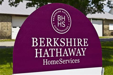 berkshire hathaway energy why investors are so fascinated with warren buffett