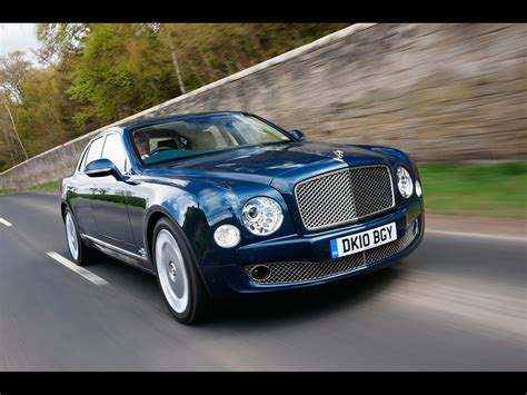 2010 Bentley Mulsanne Blue Front Angle Speed 2