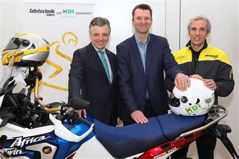 Motorrad Versicherung öamtc by Hdi Und 214 Amtc Was Motorrad Und Autofahrer Aneinander