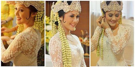 Wedding Adat Sunda by Nincak Endog Upacara Pemecahan Telur Di Pernikahan