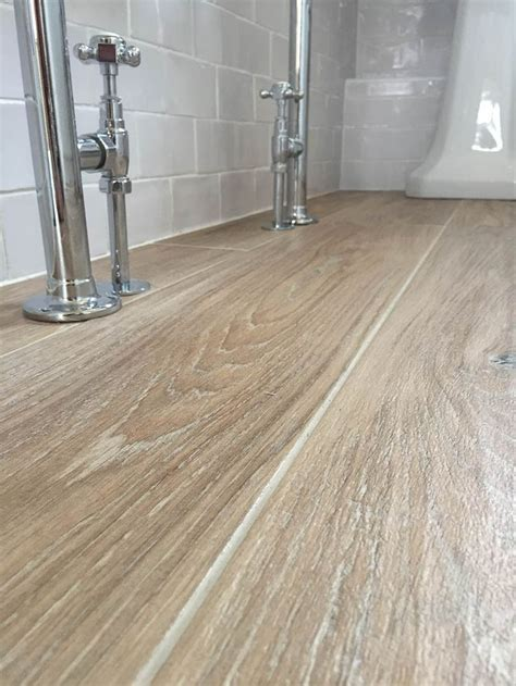 10 year ceramic tile 25 best ideas about wood effect tiles on wood