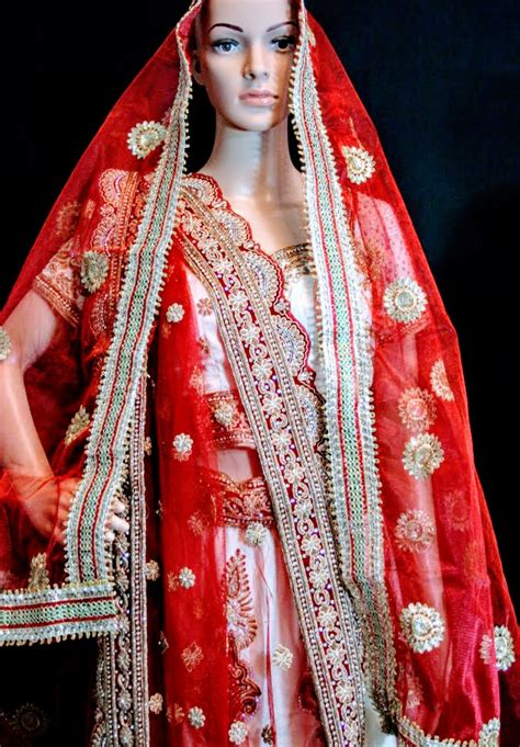 how to drape a dupatta on the head modern takes on draping your dupatta didi s wardrobe