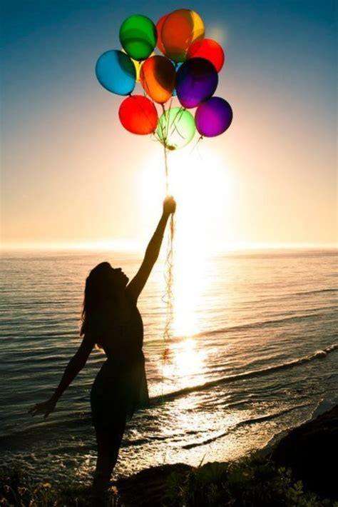 beach her colors were pink lots of pink with her love of the beach atardecer balloon balloons beach beautiful image