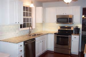 Kitchen Backsplash Ideas With Cream Cabinets Kitchen Backsplash Ideas With Cream Cabinets Subway Tile
