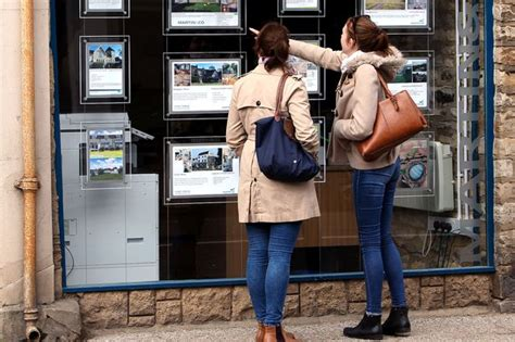 am i qualified to buy a house what are help to buy isas and am i eligible to apply for one if i m looking for a