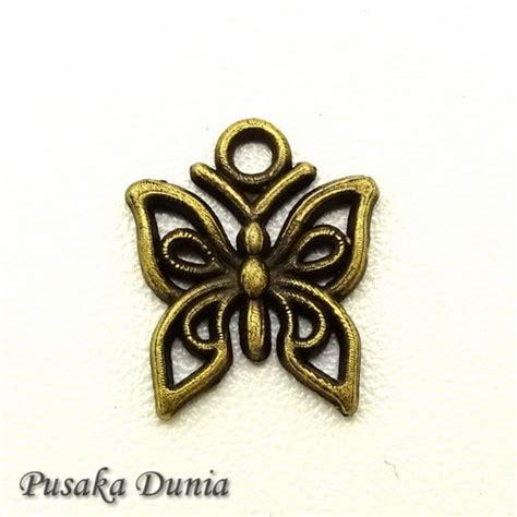 bandul kalung kupu kupu antique bronze pusaka dunia