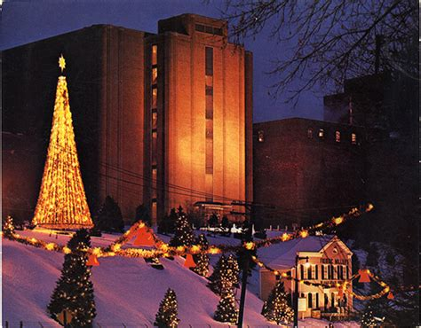 christmas lights at miller brewery milwaukee throwback thursday season at miller brewery