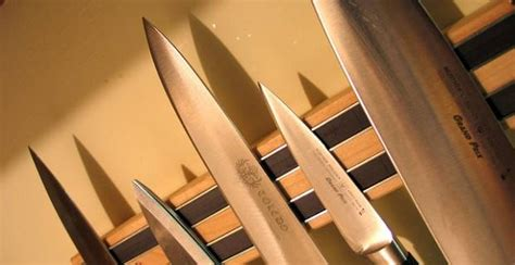 how to dispose of kitchen knives how to dispose of knives safely in 4 easy steps