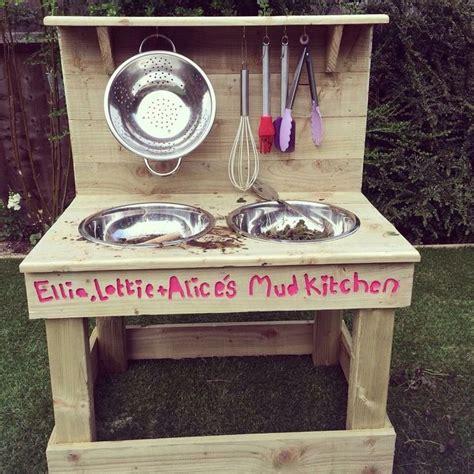 i love kitchens clear as mud best 25 childrens wooden kitchen ideas on pinterest