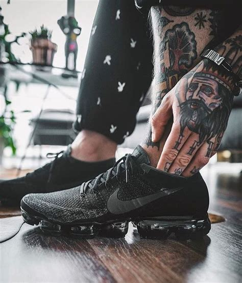 Premium Nike Vapormax Flyknit Black 17 best ideas about nike air max on air max