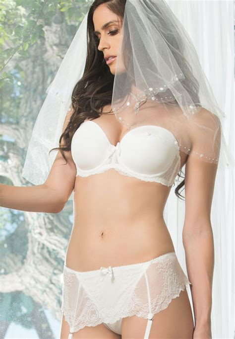 Fab Finding Follow Up The Strapless Bra by Strapless Push Up Bra