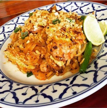 spicy thai noodles pad thai thai room restaurant obx