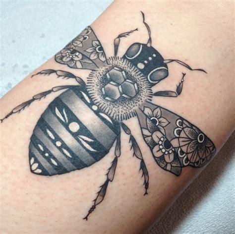traditional bee tattoo 30 traditional bee tattoos