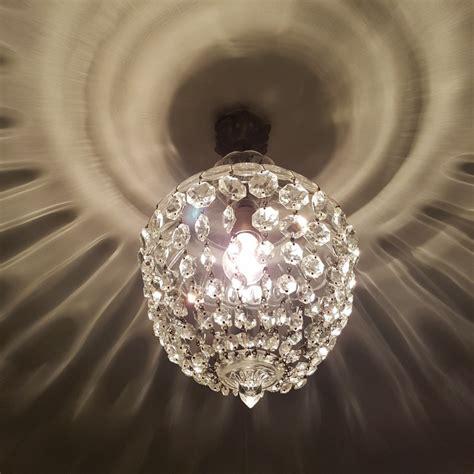 lustre montgolfiere lustre montgolfiere 224 pilles de cristal