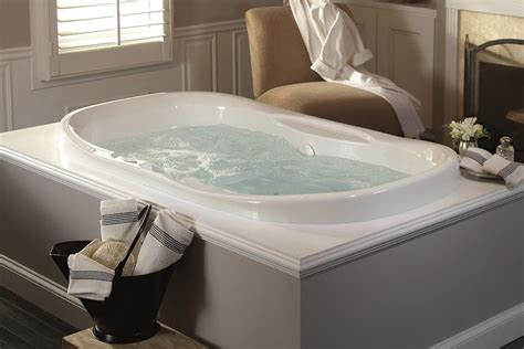 soaking tub vs bathtub air tub vs whirlpool what s the difference