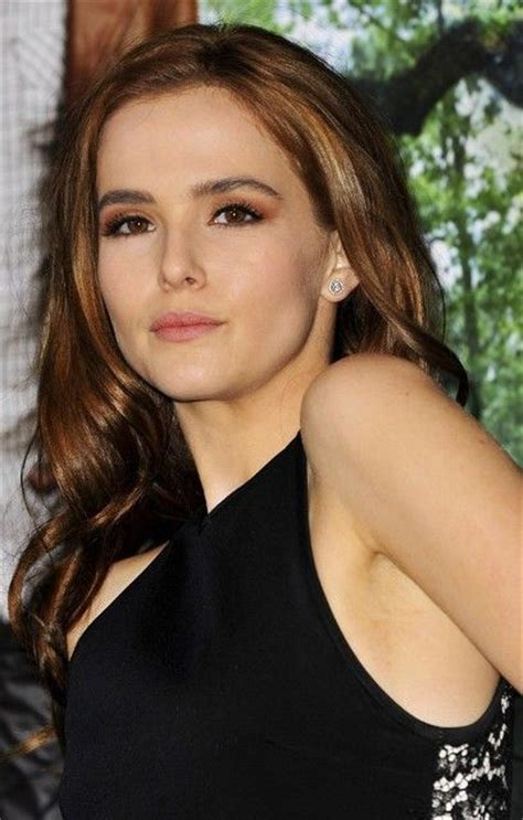 4 Meters To Feet zoey deutch bra size age weight height measurements