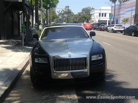 rolls royce california rolls royce wraith spotted in beverly california on