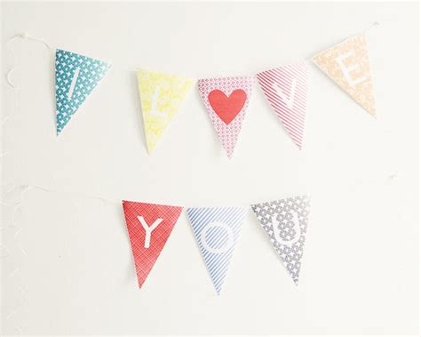 free printable alphabet flag banner oh the lovely things free printable alphabet bunting