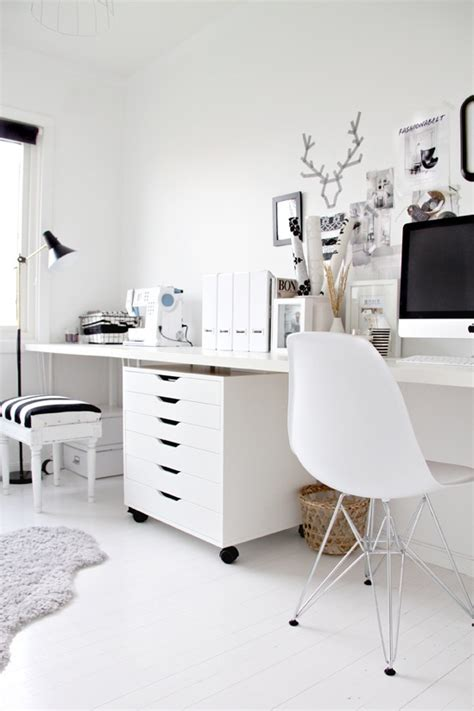 Black And White Home Office Decorating Ideas by Sunday Decor Black And White Home Office Inspiration M