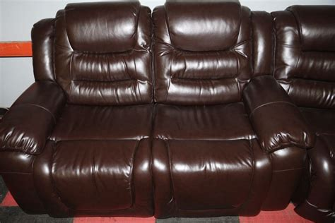 chocolate brown leather reclining sofa new chocolate brown leather reclining sectional kastner