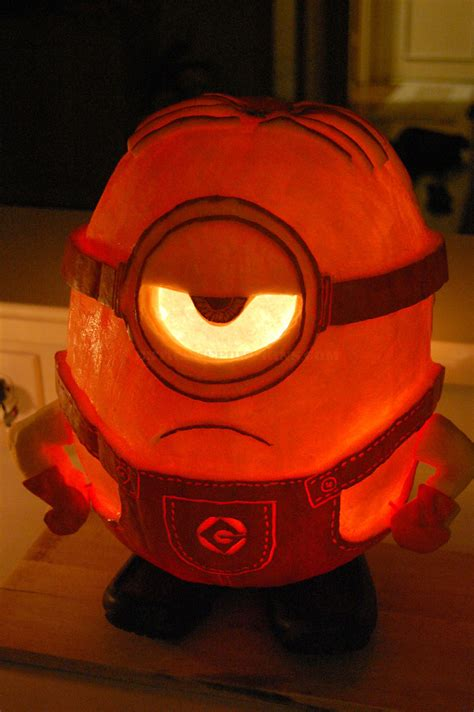 the best minion pumpkin of the year 2014