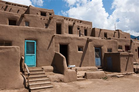 pueblo adobe homes adobe pueblo bing images