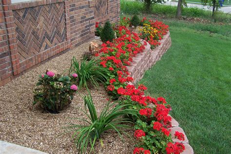 house flower garden beautiful flowers garden beautiful flowers and flowers garden on pinterest